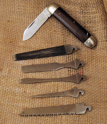 Napanoch Tool kit with five attachment blades